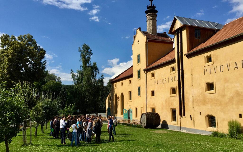 Muzejní kavárna: Parostrojní pivovar Lobeč