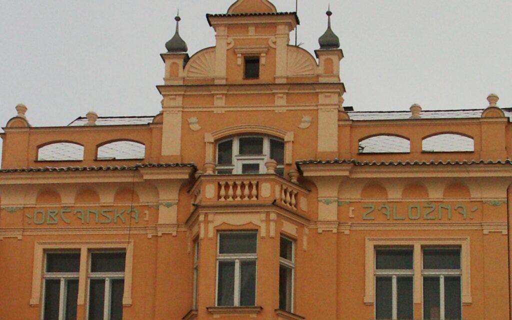 Vycházka – Památné domy na Husově náměstí