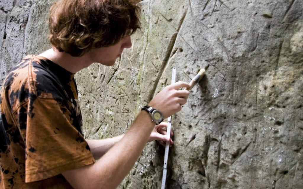 Přednáška: Historické skalní rytiny
